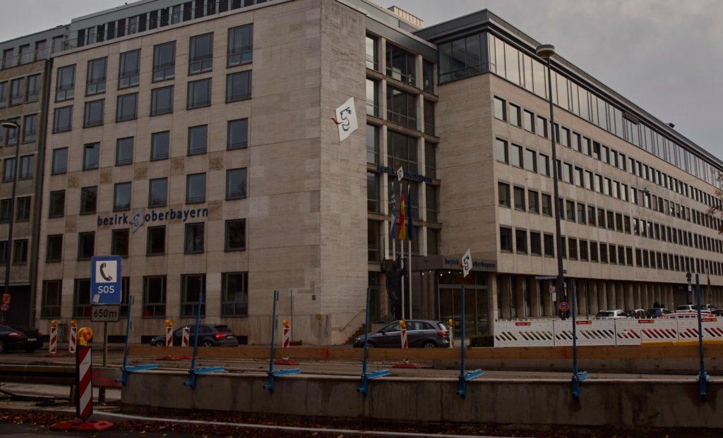 Bezirk Oberbayern, Foto vom Gebäude in der Prinzregentenstraße 14 in München